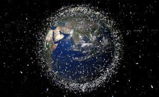 Des débris spatiaux en orbite autour de la Terre. (Photo de REX/Agence spatiale européenne)